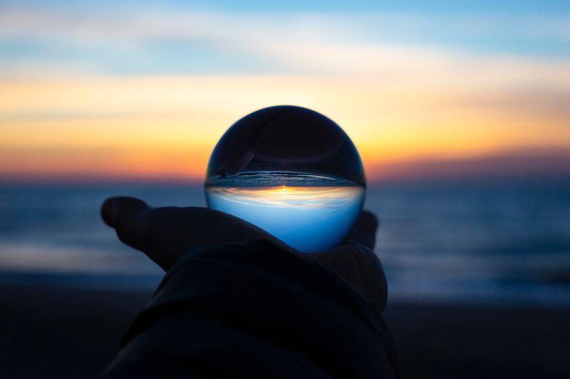 【気象管の見方】ストームグラスの結晶から視えるものとは…?
