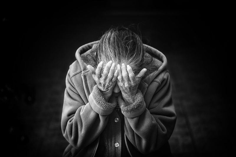 「憑依された霊を祓うには…?」症状や対策方法を具体的にご紹介!