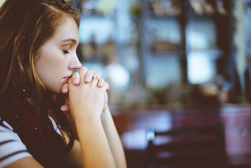 「虫の知らせ」とは…?なぜ起きるのか霊能師である姉に聞いた