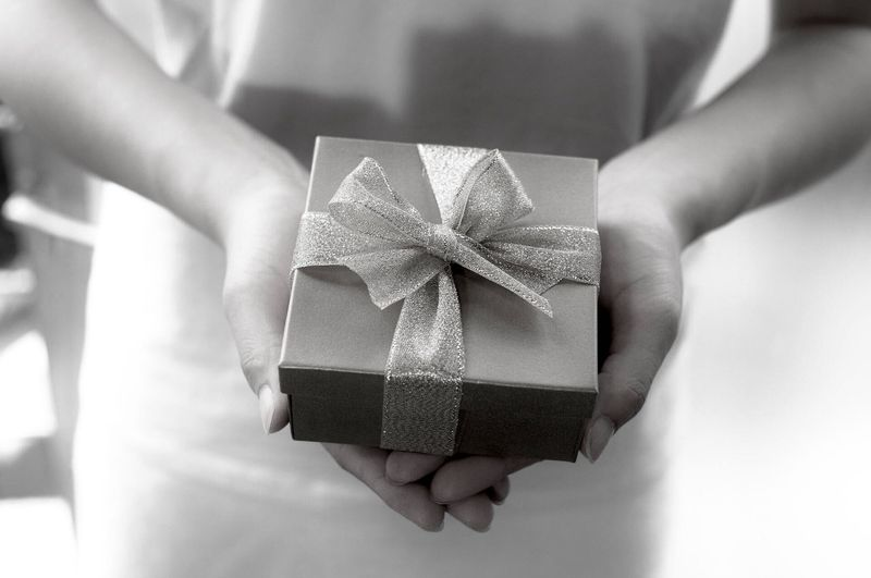 《実例》危険なファンレター・プレゼントを貰ったら…?